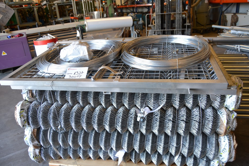 300 ML de Kit completo de malla galvanizada Simple Torsión de 1.50 MT para cerramientos.