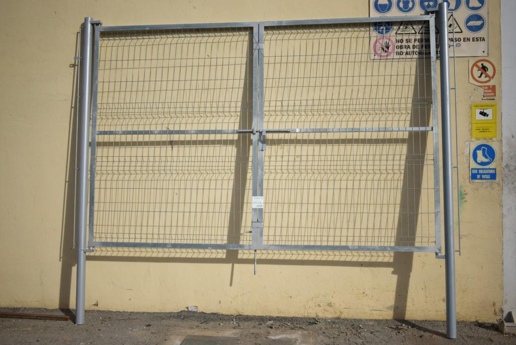 Portón Metálico 3000x1.700 Mms