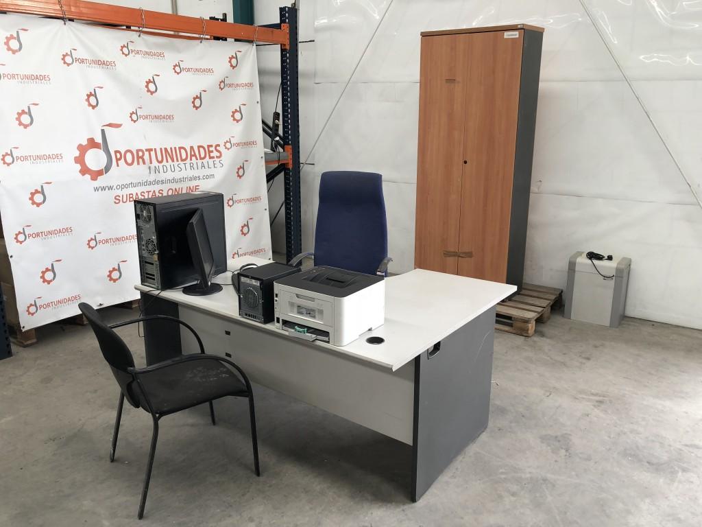 Mobiliario de oficina equipo inform tico completo for Mobiliario de oficina economico