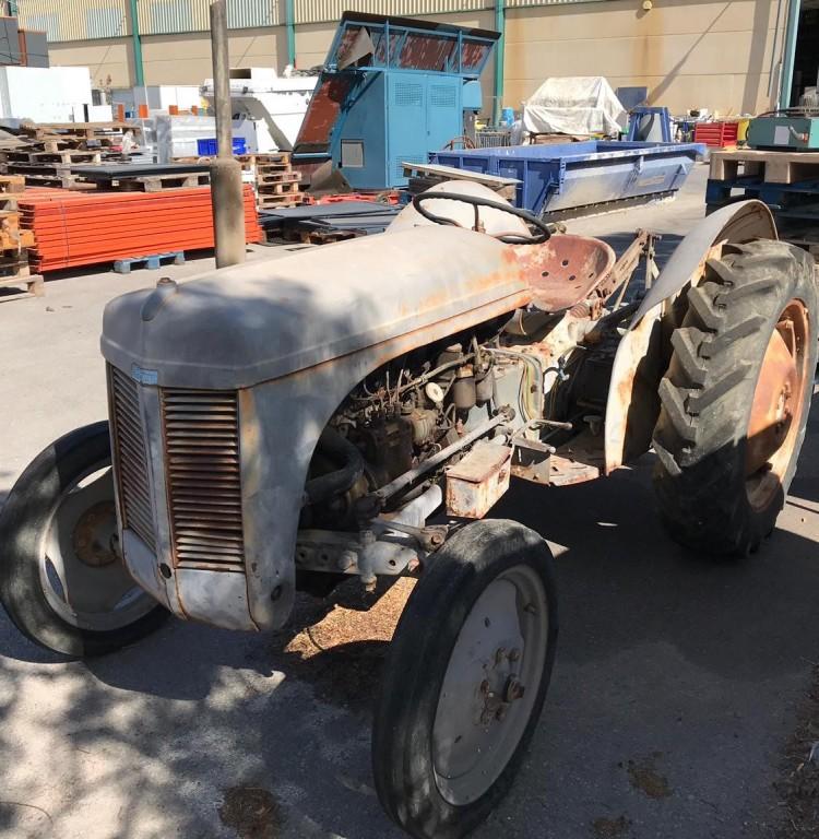 Tractor Ferguson
