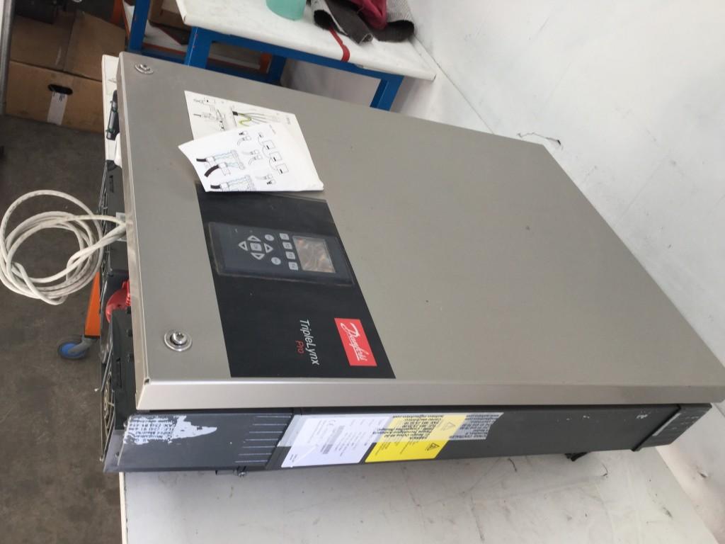 Variador de frecuencia Danfoss TripleLinx de 15 KW