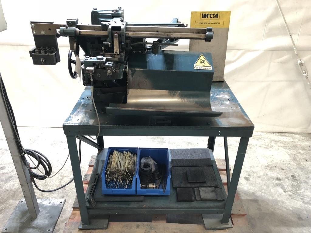 Máquina de corte y pelado de alambre eléctrico Artos Engineering
