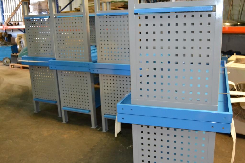 NUEVO 10 Uds. Bancos de trabajo azul con panel portaherramientas lateral